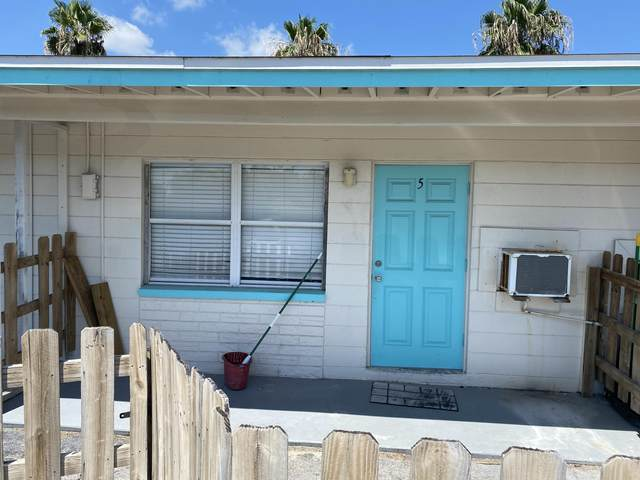 490 S Orlando Avenue #5, Cocoa Beach, FL 32931 (MLS #880231) :: Blue Marlin Real Estate