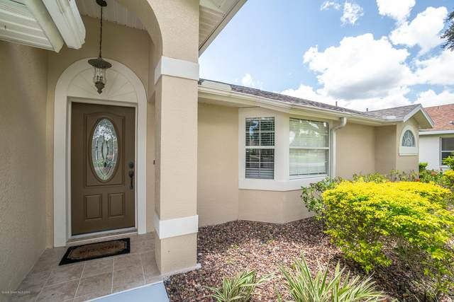 4921 Buttonwood Drive, Melbourne, FL 32940 (MLS #881564) :: Blue Marlin Real Estate