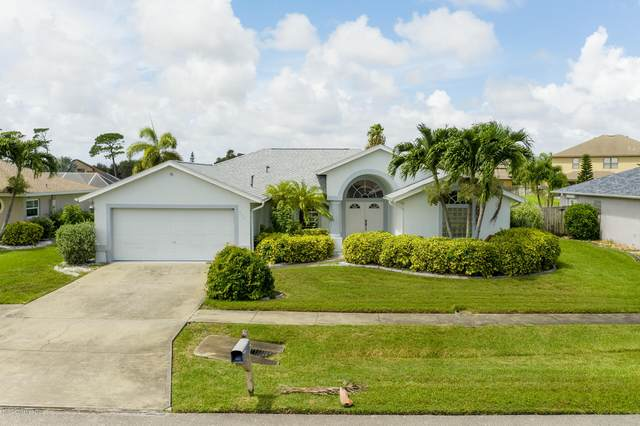 522 Summers Creek Drive, Merritt Island, FL 32952 (MLS #881611) :: Blue Marlin Real Estate