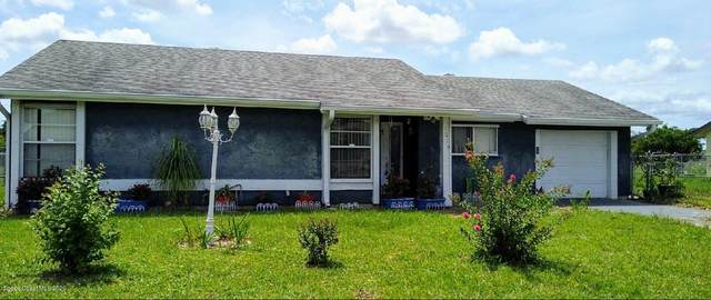 1070 Hooper Avenue NE, Palm Bay, FL 32905 (MLS #882011) :: Engel & Voelkers Melbourne Central