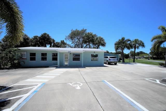 303 Vesta Circle, Melbourne, FL 32901 (MLS #882495) :: Blue Marlin Real Estate