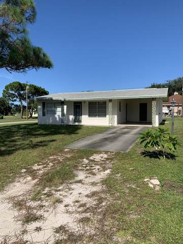 1197 Brook Street NE, Palm Bay, FL 32905 (MLS #882617) :: Blue Marlin Real Estate