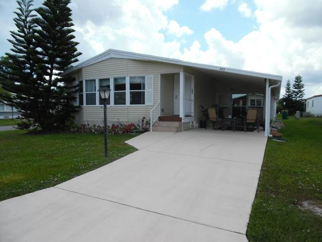 423 Puffin Drive, Barefoot Bay, FL 32976 (MLS #882979) :: Blue Marlin Real Estate