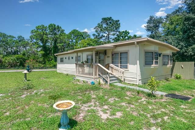 3510 Benson Court, Mims, FL 32754 (MLS #883398) :: Blue Marlin Real Estate