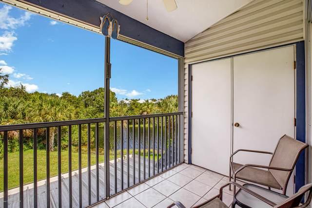 4881 Lake Waterford Way W #4, Melbourne, FL 32901 (MLS #883641) :: Blue Marlin Real Estate