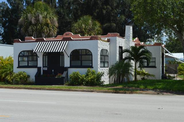 201 E New Haven Avenue E, Melbourne, FL 32901 (MLS #883715) :: Engel & Voelkers Melbourne Central