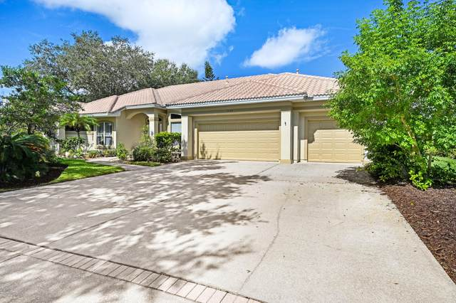 636 Deerhurst Drive, Melbourne, FL 32940 (MLS #884005) :: Blue Marlin Real Estate