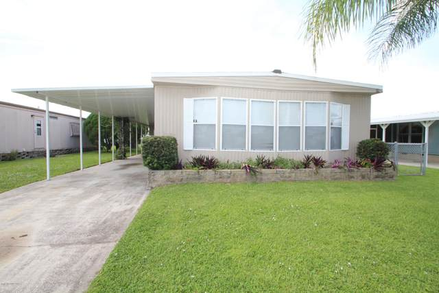 1808 NE Live Oak Street NE, Palm Bay, FL 32905 (MLS #884060) :: Blue Marlin Real Estate