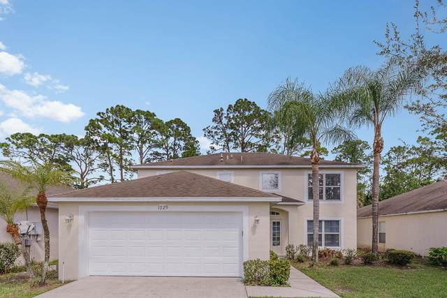 1729 Sawgrass Drive SW, Palm Bay, FL 32908 (MLS #884122) :: Blue Marlin Real Estate