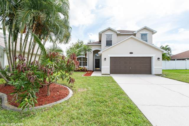 2181 Stratford Pointe Drive, West Melbourne, FL 32904 (MLS #884127) :: Coldwell Banker Realty
