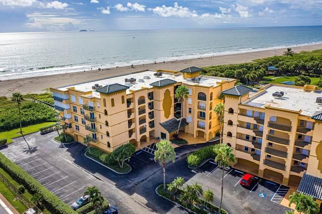 8472 Ridgewood Avenue #203, Cape Canaveral, FL 32920 (MLS #884636) :: Blue Marlin Real Estate