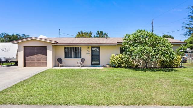 2860 Notre Dame Avenue, Melbourne, FL 32935 (MLS #884660) :: Premium Properties Real Estate Services