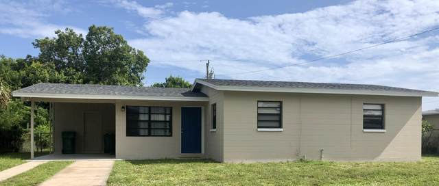 2056 Little John Road, Melbourne, FL 32935 (MLS #884697) :: Premium Properties Real Estate Services