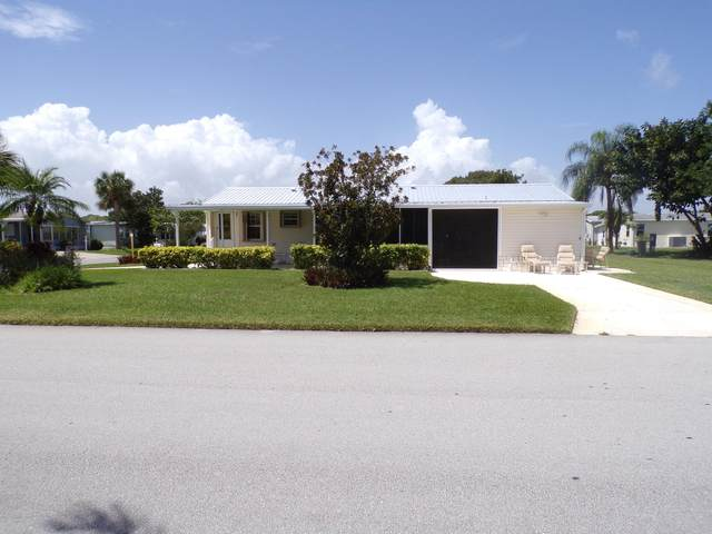 500 Seagull Drive, Barefoot Bay, FL 32976 (MLS #884800) :: Blue Marlin Real Estate