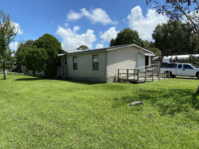 4855 Sharpes Lake Avenue, Cocoa, FL 32926 (MLS #885046) :: Blue Marlin Real Estate