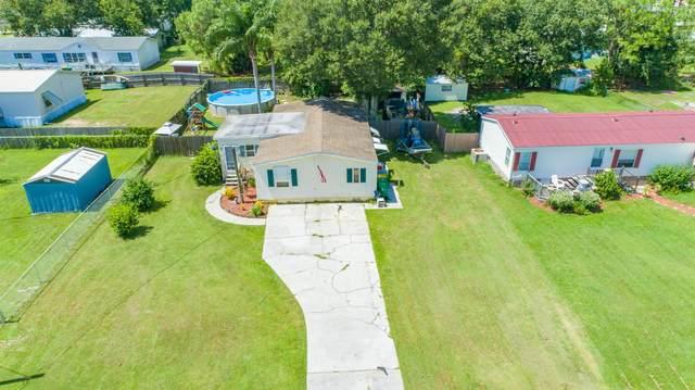 4760 Cambridge Drive, Mims, FL 32754 (MLS #885428) :: Blue Marlin Real Estate