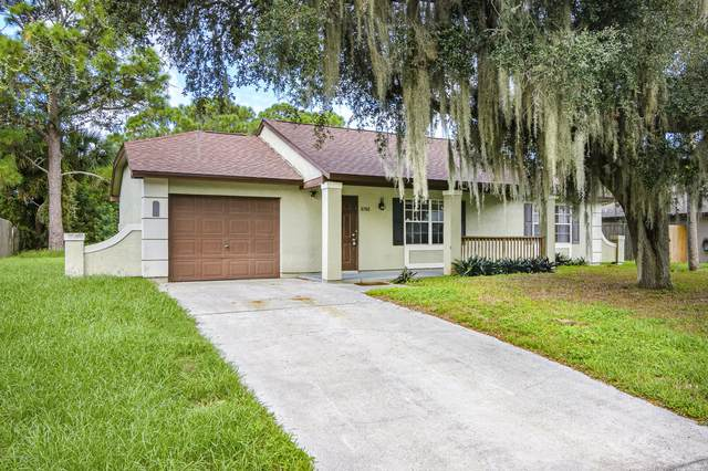 6760 Caliph Avenue, Cocoa, FL 32927 (MLS #885526) :: Blue Marlin Real Estate
