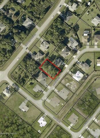 1311 Lotus Street SE, Palm Bay, FL 32909 (MLS #885615) :: Blue Marlin Real Estate