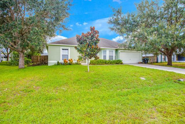 2230 Hialeah Street NE, Palm Bay, FL 32907 (MLS #885763) :: Blue Marlin Real Estate