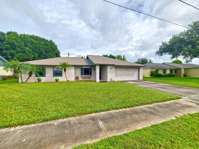 2545 Raintree Lake Circle, Merritt Island, FL 32953 (MLS #885790) :: Engel & Voelkers Melbourne Central