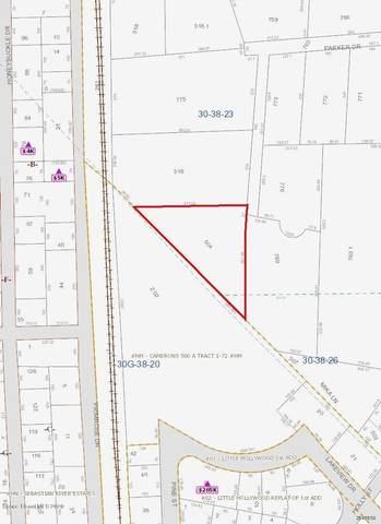 9581 Parker Drive, Micco, FL 32976 (MLS #885806) :: Blue Marlin Real Estate