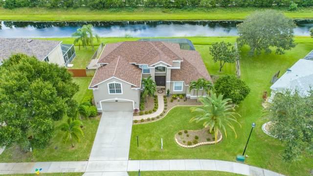5815 Newbury Circle, Melbourne, FL 32940 (MLS #885914) :: Premium Properties Real Estate Services