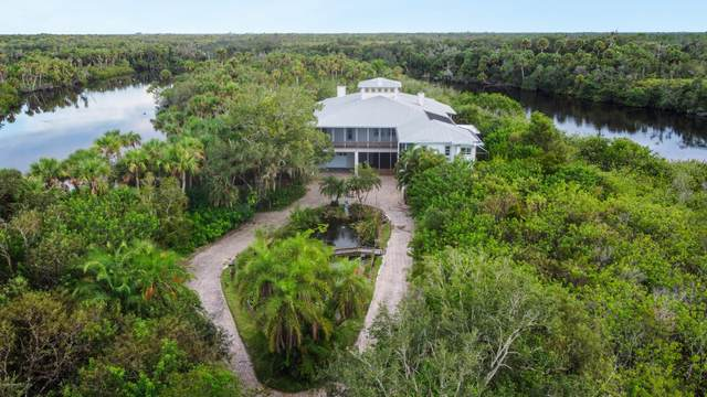 11555 Roseland Road, Sebastian, FL 32958 (MLS #885975) :: Premium Properties Real Estate Services