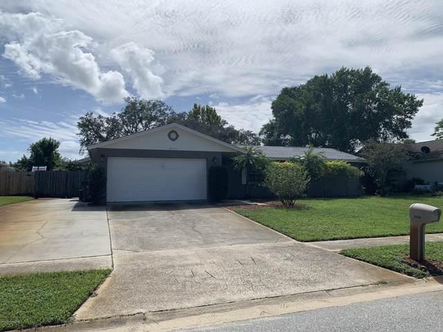 2535 White Oak Lane, Titusville, FL 32780 (MLS #886034) :: Blue Marlin Real Estate