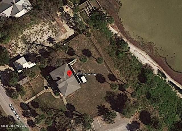 1811 Riverview Drive, Melbourne, FL 32901 (MLS #886069) :: Engel & Voelkers Melbourne Central