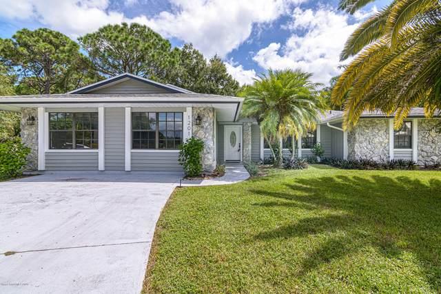 1201 Sonn Court NW, Palm Bay, FL 32907 (MLS #886191) :: Blue Marlin Real Estate