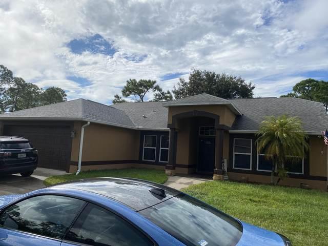 2772 Tolman Avenue SE, Palm Bay, FL 32909 (MLS #886251) :: Blue Marlin Real Estate