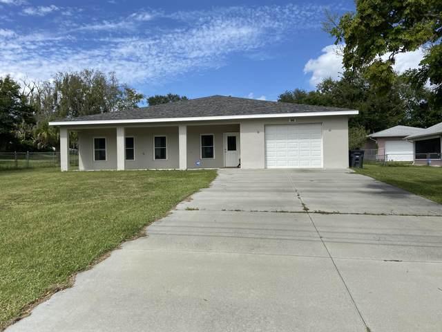 2224 Tropic Street, Titusville, FL 32796 (MLS #886279) :: Premium Properties Real Estate Services