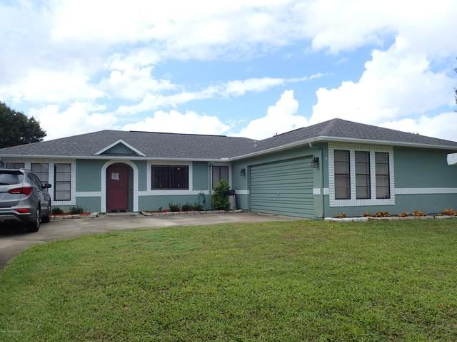 4600 Helena Drive, Titusville, FL 32780 (MLS #886283) :: Premium Properties Real Estate Services