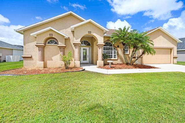1182 Old Millpond Road, Melbourne, FL 32940 (MLS #886567) :: Blue Marlin Real Estate