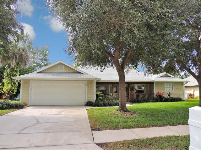 863 Brookview Lane, Rockledge, FL 32955 (MLS #886744) :: Blue Marlin Real Estate