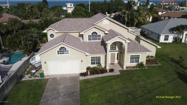 5255 Palm Drive, Melbourne Beach, FL 32951 (MLS #886747) :: Premium Properties Real Estate Services