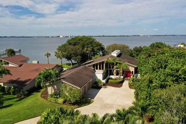 242 River Walk Drive, Melbourne Beach, FL 32951 (MLS #886772) :: Premium Properties Real Estate Services