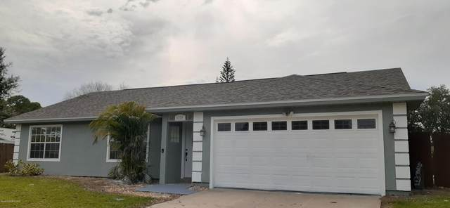4220 Havana Drive, Cocoa, FL 32927 (MLS #886876) :: Blue Marlin Real Estate