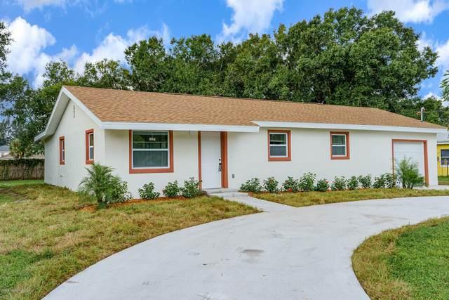 3111 Nancy Street, West Melbourne, FL 32904 (MLS #887015) :: Blue Marlin Real Estate