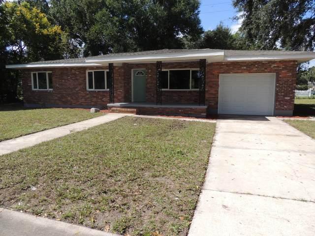 1052 S Deleon Avenue S, Titusville, FL 32780 (MLS #887034) :: Blue Marlin Real Estate