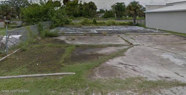 2360 Johnny Ellison Drive, Melbourne, FL 32901 (MLS #887096) :: Blue Marlin Real Estate