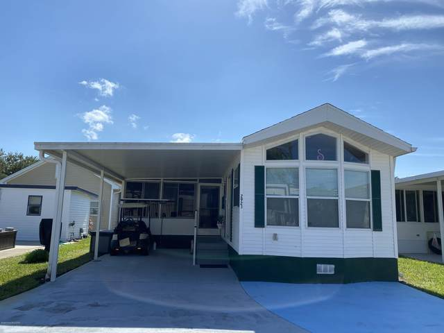 2923 Discovery Place #72, Titusville, FL 32796 (MLS #887248) :: Coldwell Banker Realty