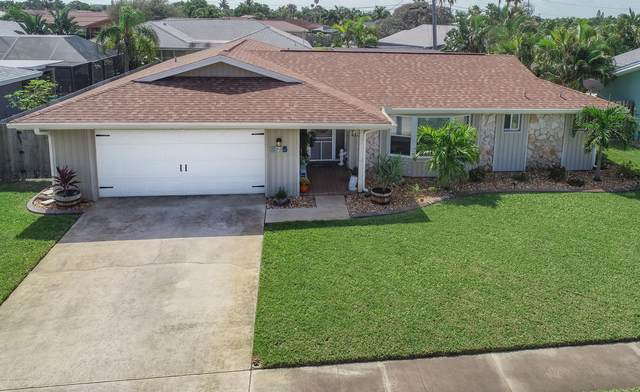 275 Maple Drive, Satellite Beach, FL 32937 (MLS #887275) :: Blue Marlin Real Estate