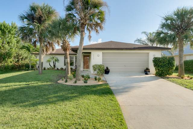 235 Atlantic Drive S, Melbourne Beach, FL 32951 (MLS #887409) :: Coldwell Banker Realty