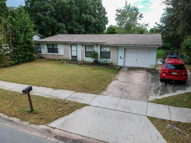 1725 Milton Street, Titusville, FL 32780 (MLS #887550) :: Premium Properties Real Estate Services