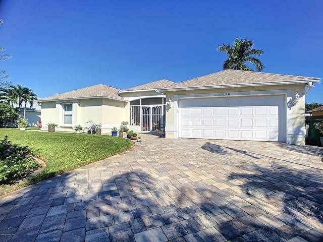 620 Wild Flower Street, Merritt Island, FL 32953 (MLS #887714) :: Blue Marlin Real Estate
