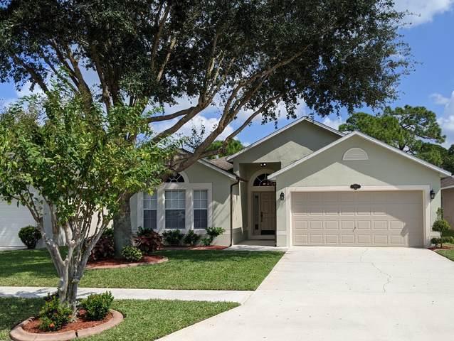 489 Macon Drive, Titusville, FL 32780 (MLS #887793) :: Premium Properties Real Estate Services
