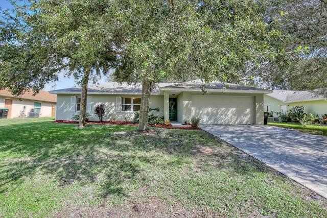 1131 Jericho Avenue NW, Palm Bay, FL 32907 (MLS #887991) :: Blue Marlin Real Estate