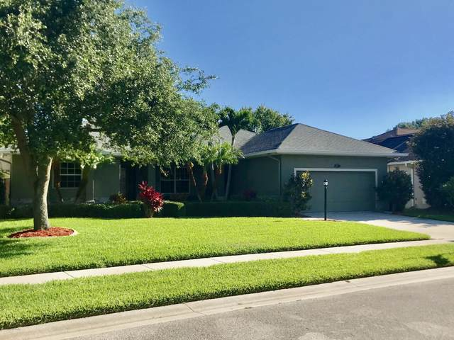 2193 Woodfield Circle, West Melbourne, FL 32904 (MLS #888145) :: Premium Properties Real Estate Services