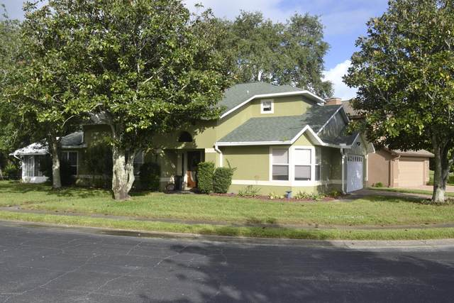 430 Willowgreen Lane, Titusville, FL 32780 (MLS #888366) :: Premium Properties Real Estate Services